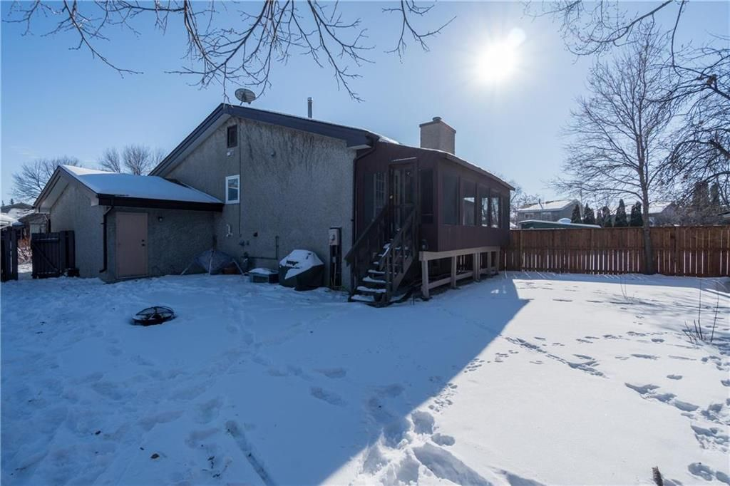 Photo 27: Photos: 178 Willowbend Crescent in Winnipeg: River Park South Residential for sale (2F)  : MLS®# 202103532
