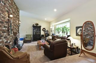 Photo 3: 9449 WOODWARD Street in Mission: Mission-West House for sale : MLS®# R2553430