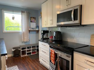 Photo 5: 311 3rd Street West in Wynyard: Residential for sale : MLS®# SK858470