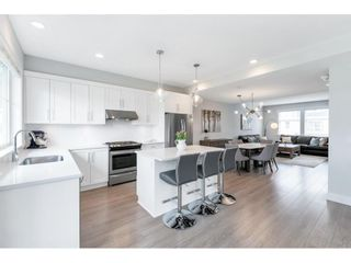 """Photo 12: 17 15717 MOUNTAIN VIEW Drive in Surrey: Grandview Surrey Townhouse for sale in """"Olivia"""" (South Surrey White Rock)  : MLS®# R2572266"""