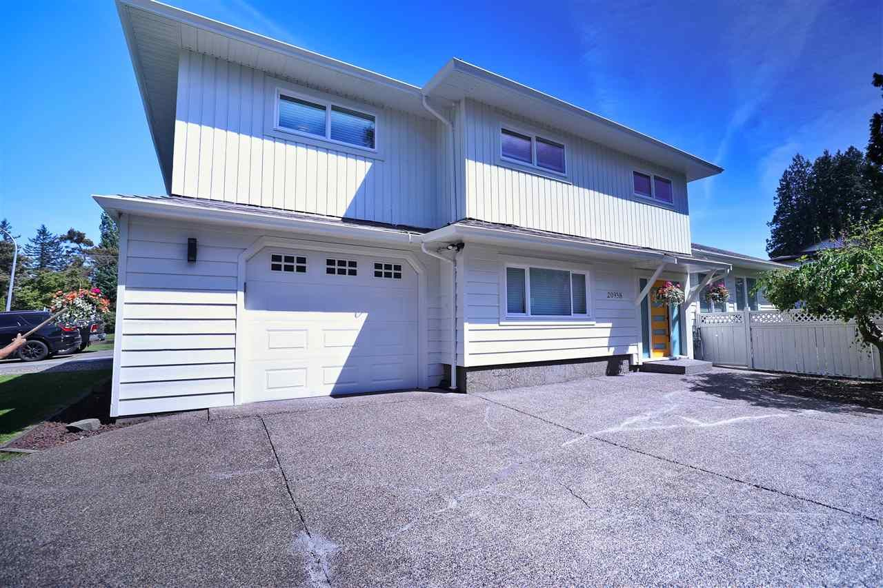 Main Photo: 20938 50 Avenue in Langley: Langley City House for sale : MLS®# R2587816