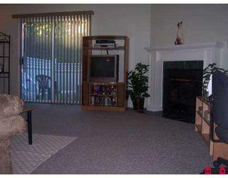 "Photo 3: 68 26970 32ND AV in Langley: Aldergrove Langley Townhouse for sale in ""PARKSIDE VILLAGE"" : MLS®# F2621207"