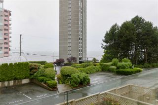 """Photo 7: 103 2202 MARINE Drive in West Vancouver: Dundarave Condo for sale in """"Stratford Court"""" : MLS®# R2465972"""