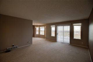 Photo 6: 10 Quarry Springs LN: De Winton Detached for sale : MLS®# C4295058