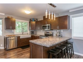 Photo 2: 12419 188A STREET in Pitt Meadows: Central Meadows House for sale : MLS®# R2302445