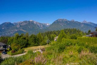 """Photo 2: 2013 GLACIER HEIGHTS Place in Squamish: Garibaldi Highlands Land for sale in """"Garibaldi Highlands"""" : MLS®# R2557068"""