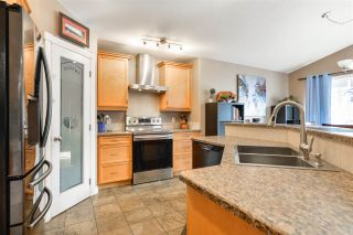 Photo 3: 20 LAMPLIGHT Bay: Spruce Grove House for sale : MLS®# E4233972