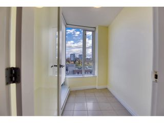"Photo 6: 708 550 TAYLOR Street in Vancouver: Downtown VW Condo for sale in ""TAYLOR"" (Vancouver West)  : MLS®# R2536800"