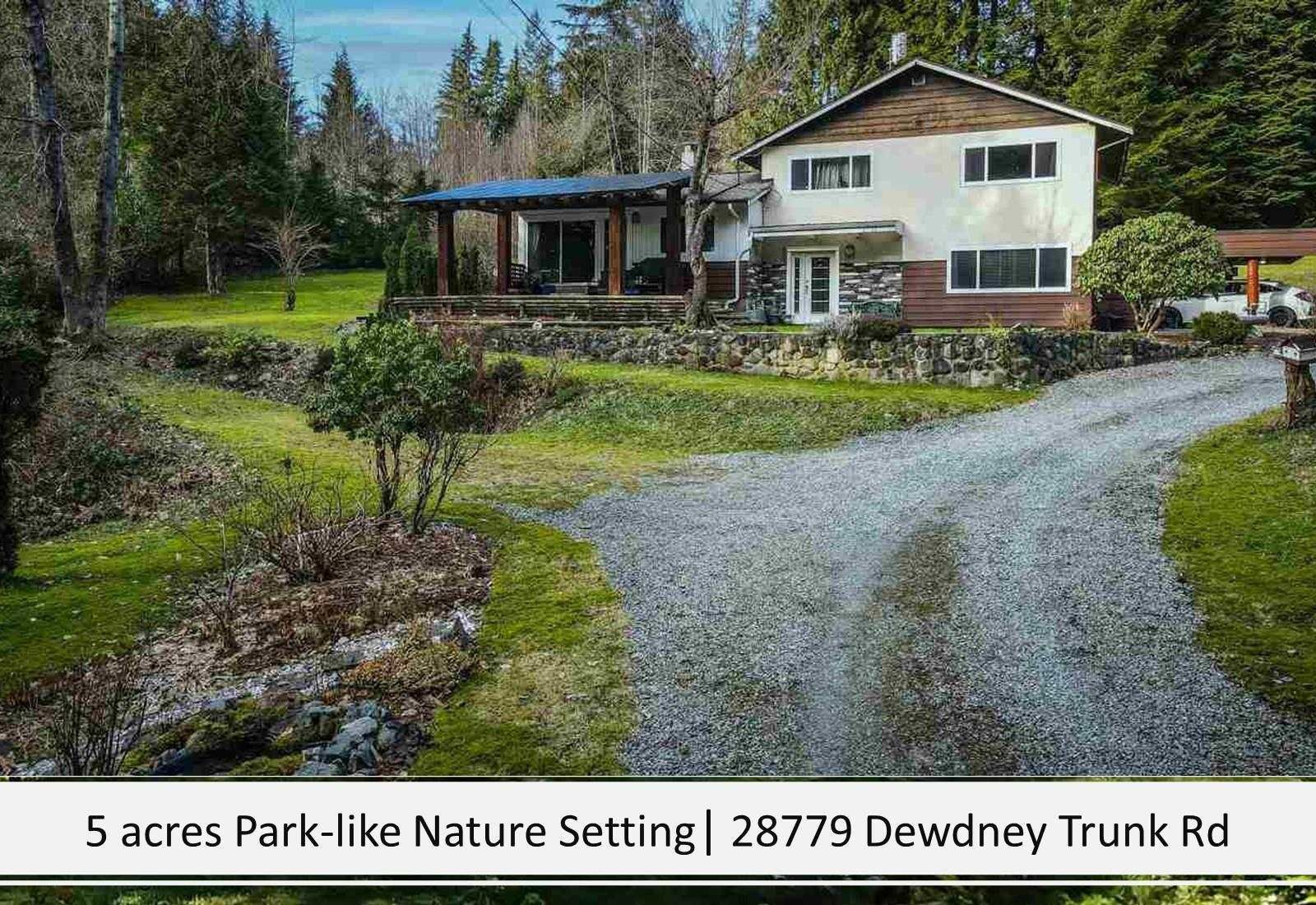 Photo 2: Photos: 28779 DEWDNEY TRUNK Road in Maple Ridge: Northeast House for sale : MLS®# R2597212