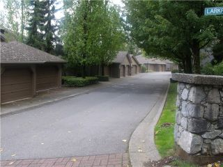 """Photo 2: 8826 LARKFIELD Drive in Burnaby: Forest Hills BN Townhouse for sale in """"PRIMROSE HILL"""" (Burnaby North)  : MLS®# V1028812"""