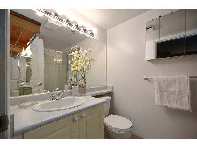 Photo 6: Photos: 307 2025 STEPHENS Street in Vancouver: Kitsilano Condo for sale (Vancouver West)  : MLS®# V980247