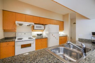 """Photo 19: 112 1228 MARINASIDE Crescent in Vancouver: Yaletown Townhouse for sale in """"CRESTMARK TWO"""" (Vancouver West)  : MLS®# R2609397"""