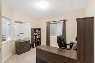 Photo 8: 29 Sherwood Terrace NW in Calgary: Sherwood Detached for sale : MLS®# A1129784