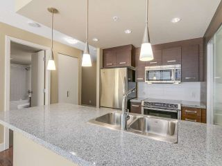 """Photo 6: 306 2959 GLEN Drive in Coquitlam: North Coquitlam Condo for sale in """"THE PARC"""" : MLS®# R2111065"""
