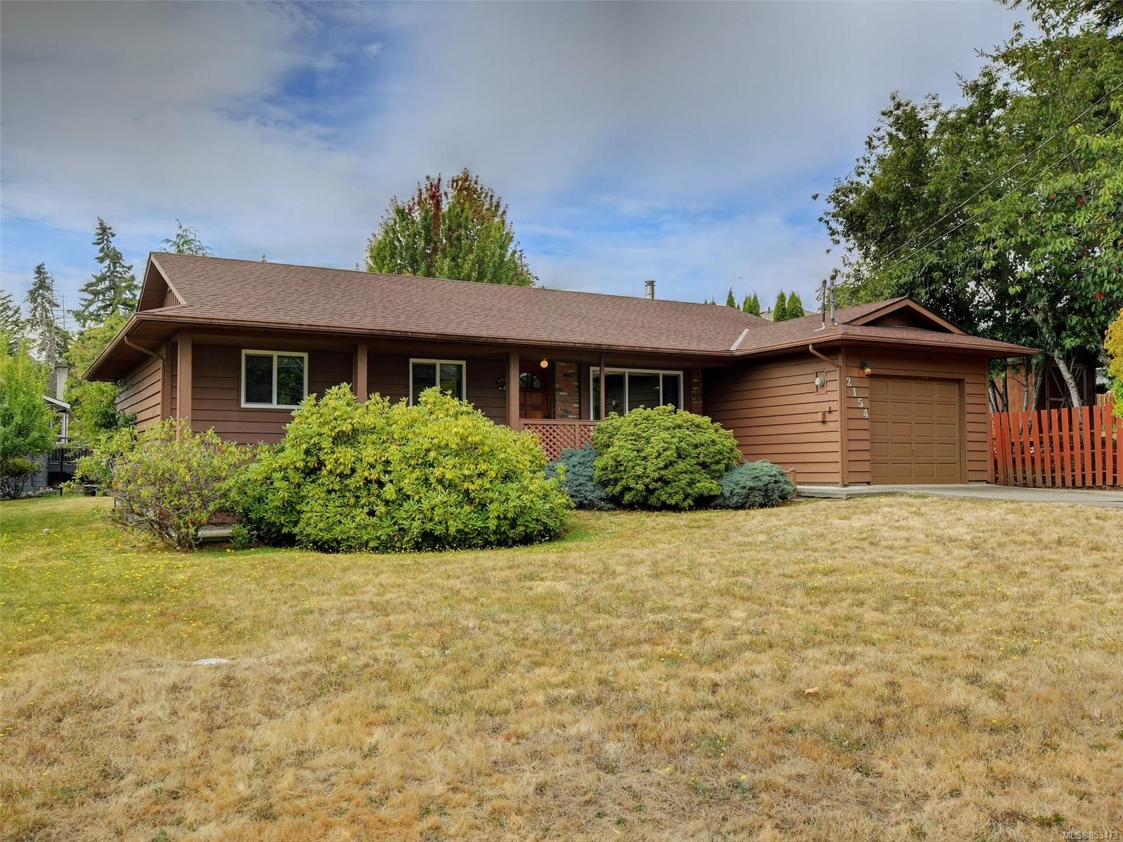 Main Photo: 2154 French Rd in Sooke: Sk Broomhill House for sale : MLS®# 853473