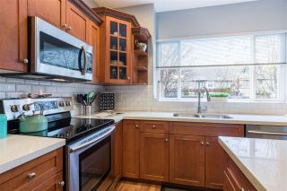 Photo 3: 23671 DEWDNEY TRUNK Road in Maple Ridge: East Central House for sale : MLS®# R2325440