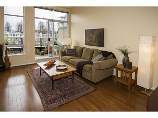 Photo 3: # 457 2175 SALAL DR in Vancouver: Kitsilano Condo for sale (Vancouver West)  : MLS®# V1105933