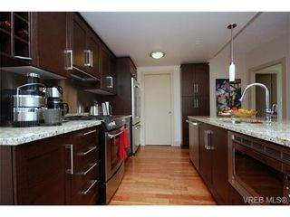 Photo 13: N701 737 Humboldt Street in : Vi Downtown Condo for sale (Victoria)  : MLS®# 272227