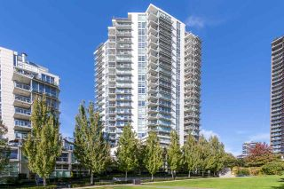 "Photo 19: 1702 638 BEACH Crescent in Vancouver: Yaletown Condo for sale in ""ICON"" (Vancouver West)  : MLS®# R2274580"