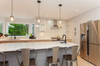 """Photo 9: 6491 CLAYTONWOOD Grove in Surrey: Cloverdale BC House for sale in """"Clayton Hills"""" (Cloverdale)  : MLS®# R2214597"""