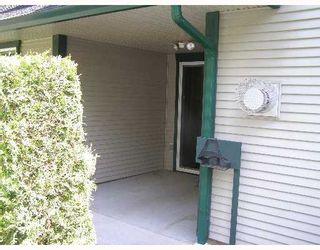 "Photo 2: 107 5711 EBBTIDE Street in Sechelt: Sechelt District Townhouse for sale in ""EBBTIDE PLACE"" (Sunshine Coast)  : MLS®# V648144"