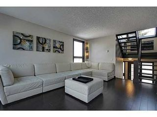 Photo 3: 19 828 COACH BLUFF Crescent SW in Calgary: 2 and Half Storey for sale : MLS®# C3563691