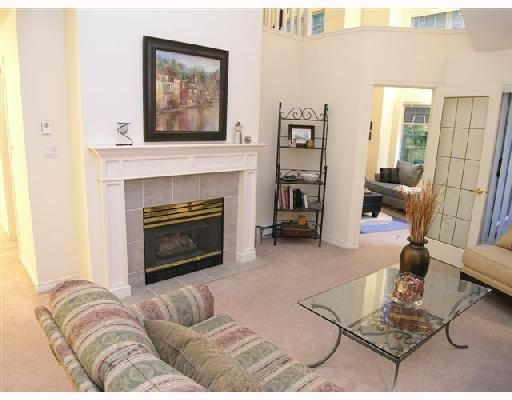 """Photo 2: Photos: 404 1144 STRATHAVEN Drive in North_Vancouver: Northlands Condo for sale in """"STRATHAVEN"""" (North Vancouver)  : MLS®# V744025"""