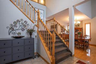 Photo 2: 83 Myles Robinson Way in Winnipeg: Island Lakes Residential for sale (2J)  : MLS®# 202025908