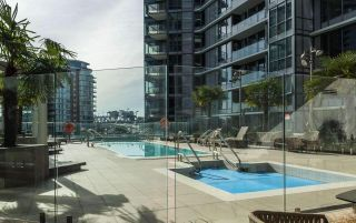 """Photo 13: 1502 68 SMITHE Street in Vancouver: Downtown VW Condo for sale in """"ONE PACIFIC"""" (Vancouver West)  : MLS®# R2550414"""