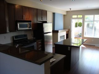 Photo 4: # 11 21661 88TH AV in Langley: Fort Langley Condo for sale : MLS®# F1439978
