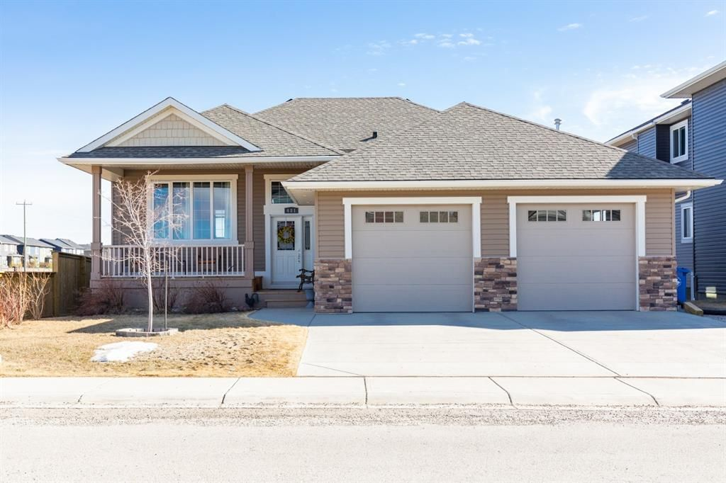 Main Photo: 481 Sunset Link: Crossfield Detached for sale : MLS®# A1081449