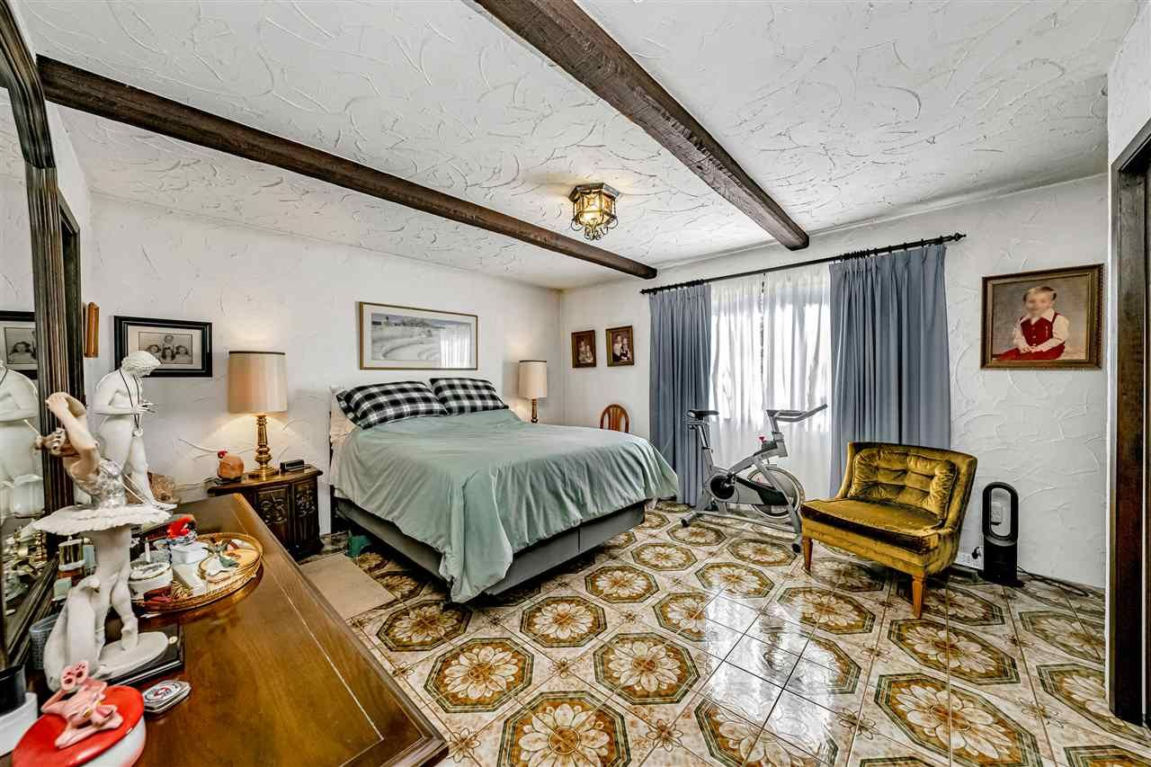 Photo 18: Photos: 6131 BRANTFORD Avenue in Burnaby: Upper Deer Lake House for sale (Burnaby South)  : MLS®# R2551835