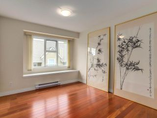"""Photo 17: 307 988 W 54TH Avenue in Vancouver: South Cambie Condo for sale in """"HAWTHORNE VILLA"""" (Vancouver West)  : MLS®# R2284275"""