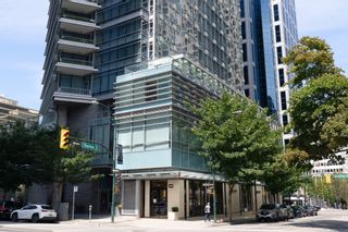 """Photo 37: 2606 1111 ALBERNI Street in Vancouver: West End VW Condo for sale in """"Shangri-La Vancouver"""" (Vancouver West)  : MLS®# R2478466"""