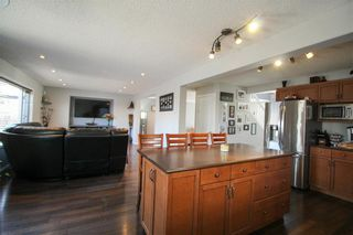 Photo 6: 38 Brittany Drive in Winnipeg: Residential for sale (1G)  : MLS®# 202104670
