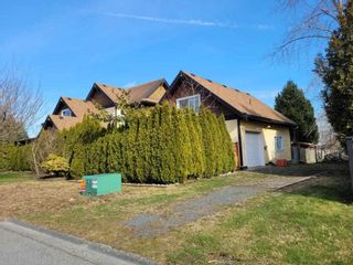 Photo 2: 15310 21 Avenue in Surrey: King George Corridor House for sale (South Surrey White Rock)  : MLS®# R2543618