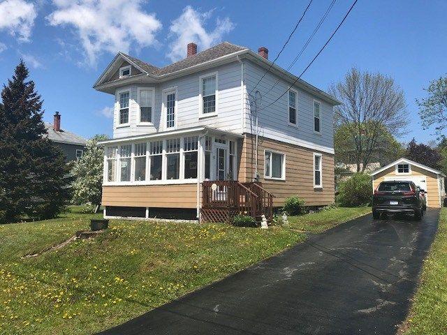 Main Photo: 9 Terrace Street in Amherst: 101-Amherst,Brookdale,Warren Residential for sale (Northern Region)  : MLS®# 202105861