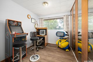 Photo 12: 1301 N Avenue South in Saskatoon: Holiday Park Residential for sale : MLS®# SK870515