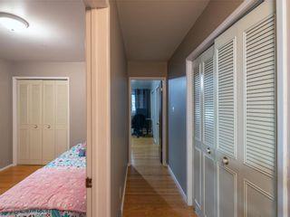 Photo 18: 104 Roselawn Bay in Winnipeg: North Kildonan Residential for sale (3F)  : MLS®# 202119908