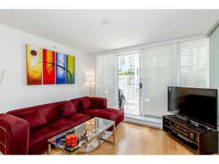 Photo 3: # 801 565 SMITHE ST in Vancouver: Downtown VW Condo for sale (Vancouver West)  : MLS®# V1076354