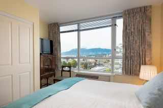 """Photo 6: 1000 1570 W 7TH Avenue in Vancouver: Fairview VW Condo for sale in """"Terraces on 7th"""" (Vancouver West)  : MLS®# R2624215"""