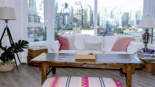 "Photo 4: 1506 388 DRAKE Street in Vancouver: Yaletown Condo for sale in ""GOVERNOR'S TOWER"" (Vancouver West)  : MLS®# R2542186"