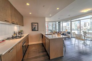 """Photo 4: 2003 1372 SEYMOUR Street in Vancouver: Downtown VW Condo for sale in """"THE MARK"""" (Vancouver West)  : MLS®# R2235616"""