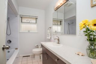 Photo 13: 726 SCHOOLHOUSE Street in Coquitlam: Central Coquitlam House for sale : MLS®# R2609829