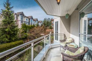 """Photo 10: 204 15290 18 Avenue in Surrey: King George Corridor Condo for sale in """"STRATFORD BY THE PARK"""" (South Surrey White Rock)  : MLS®# R2556862"""