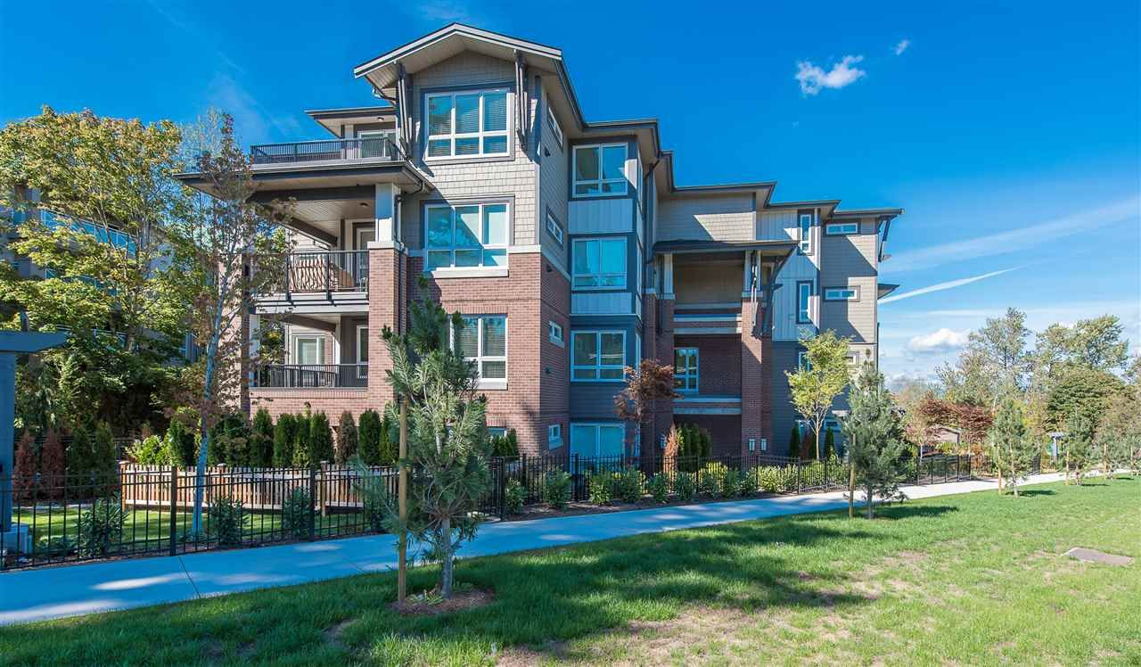 """Photo 2: Photos: 306 15188 29A Avenue in Surrey: King George Corridor Condo for sale in """"SOUTH POINT WALK"""" (South Surrey White Rock)  : MLS®# R2029578"""