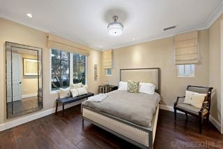 Photo 11: LA JOLLA House for sale : 3 bedrooms : 604 Gravilla Place