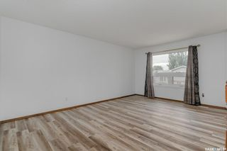 Photo 4: 150 Carter Crescent in Saskatoon: Confederation Park Residential for sale : MLS®# SK869901