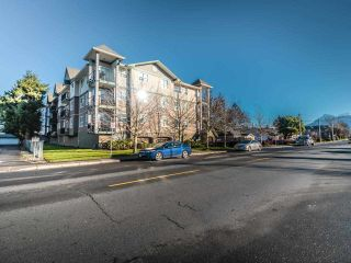 """Photo 2: 202 46053 CHILLIWACK CENTRAL Road in Chilliwack: Chilliwack E Young-Yale Condo for sale in """"TUSCANY"""" : MLS®# R2530942"""