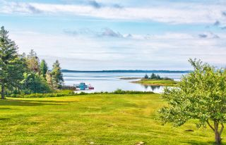 Photo 4: 124 Smith Road in Voglers Cove: 405-Lunenburg County Residential for sale (South Shore)  : MLS®# 202102939
